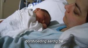 Borstvoeding: mama en baby rusten