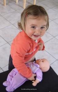 Borstvoeding aan de pop